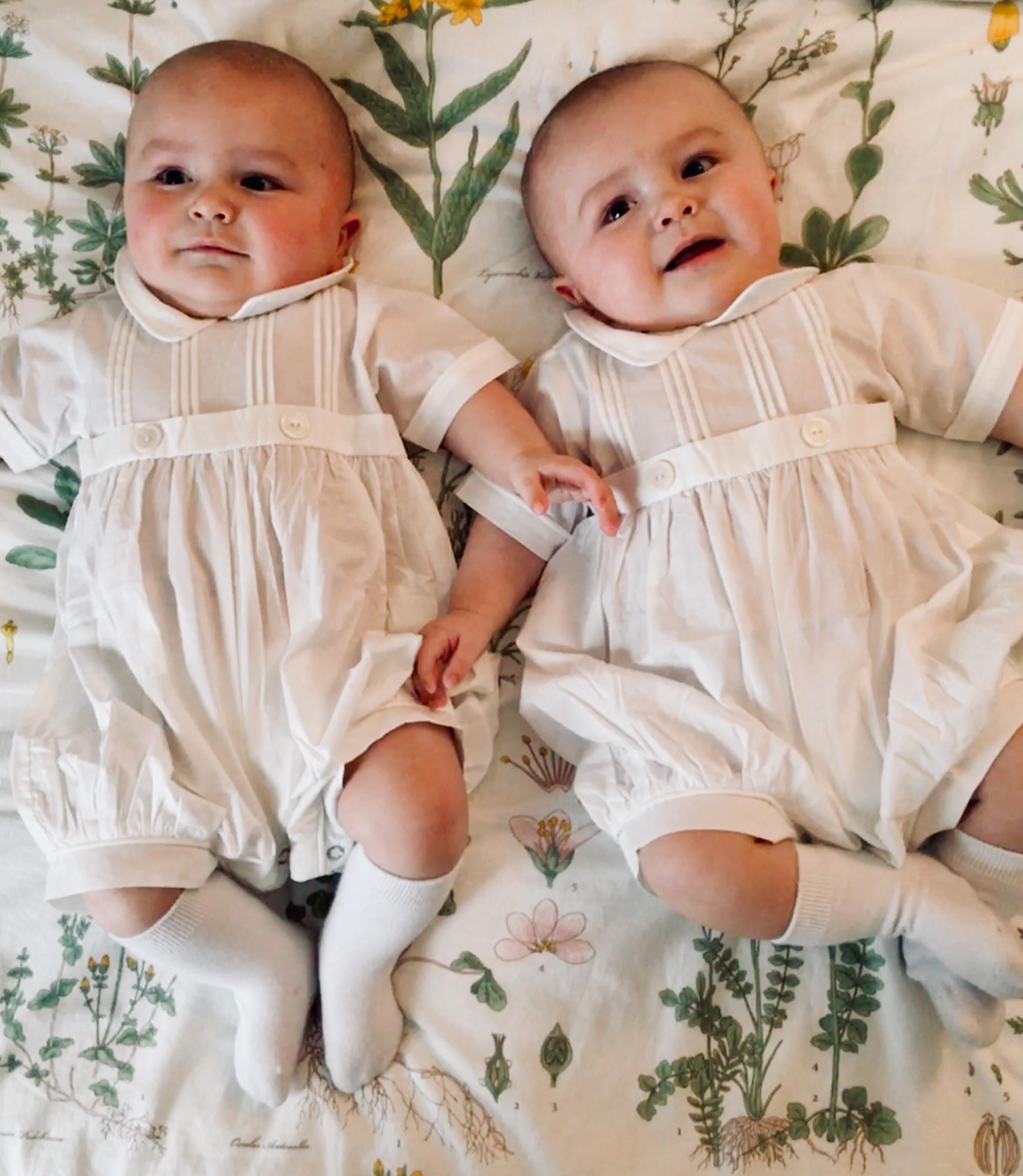 Hank and Huck – Snowflake Babies #554 & #555